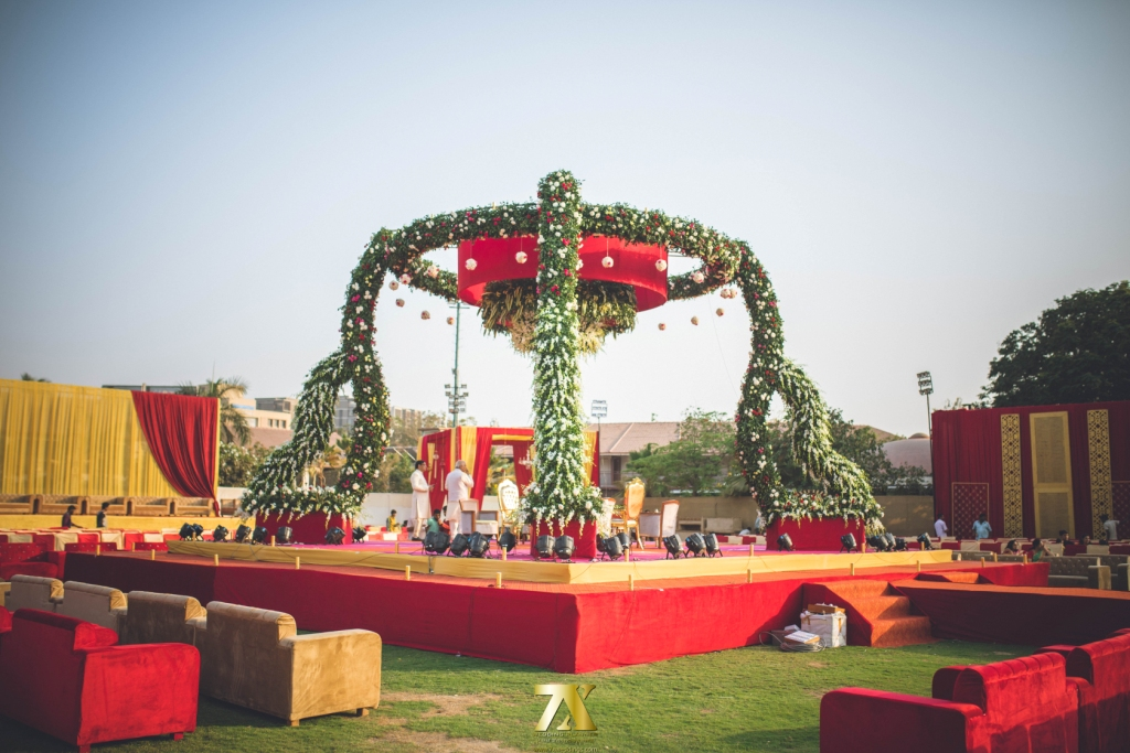 Exquisite Mandaps That Add Glamour And Glitz Mandap Decoration By 7x